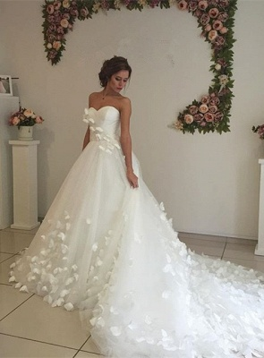 Gorgeous Sweetheart Flowers Wedding Dress With Train Tulle_1