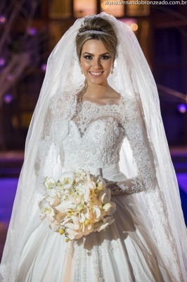 Princess Bridal Lace Wedding Dress Long Sleeves Gorgeous New Arrival Full Beadss Gowns_2