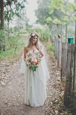 Elegant Spaghetti Strap Sleeveless Wedding Dress Floor-length Sequins_2