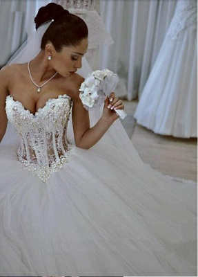 Elegant Sweetheart Sleeveless Tulle Wedding Dress With Appliques Beadss_1