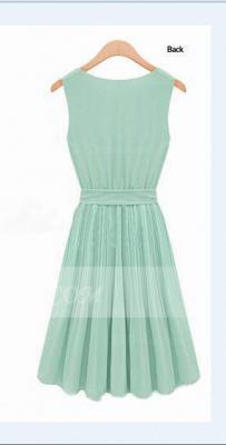 Cocktail Short Green Homecoming Dress UKes UK with Light Jewel Sleeveless Chiffon Ruffles Bow Sash Simple Gowns_2