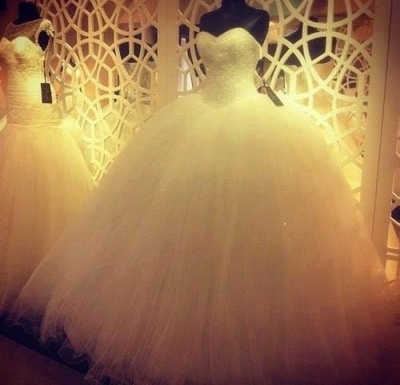 Elegant Sweetheart Sleeveless Tulle Wedding Dress Beadss Ball Gown Bridal Gowns_4