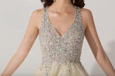 Elegant V-neck Sleeveless Short Homecoming Dress UK With Crystals_2