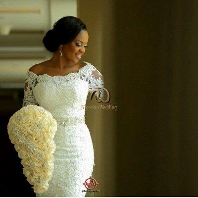 Elegant Half-Sleeve Lace Wedding Dress Sexy Mermaid Crystal Bow Back_6
