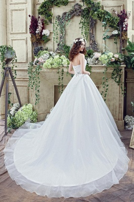 Chic White Sweetheart Beadss Wedding Dress Court Train Lace-up_6