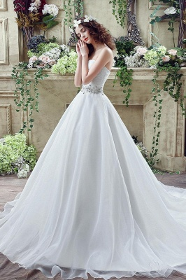 Chic White Sweetheart Beadss Wedding Dress Court Train Lace-up_3