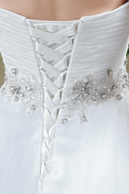 Chic White Sweetheart Beadss Wedding Dress Court Train Lace-up_5