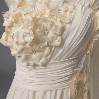 Newest One Shoulder Flowers Wedding Dress A-line_3