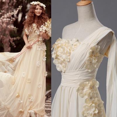 Newest One Shoulder Flowers Wedding Dress A-line_4