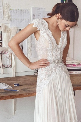 Long Elegant Cap-Sleeve Lace Crystal Lace Wedding Dress_1