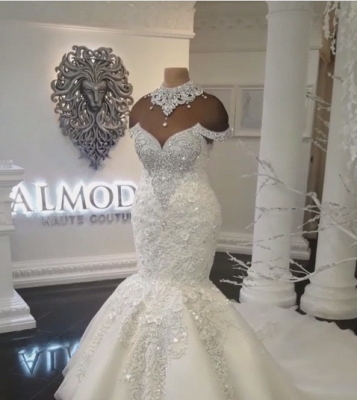 Glamorous Crystals  Sexy Mermaid Wedding Dresses UK | Off-the-Shoulder Appliques Bridal Gowns_1