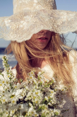 Newest Long Sleeve Lace Wedding Dress Court Train_5