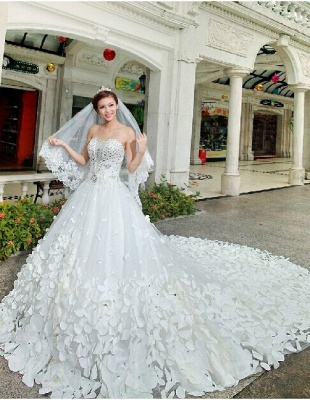 Elegant Appliques Cystals Princess Wedding Dress Sweetheart With Long Train_4