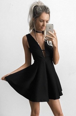 Elegant Black Deep V-neck Homecoming Dress UK Mini Sleeveless BA4219_1