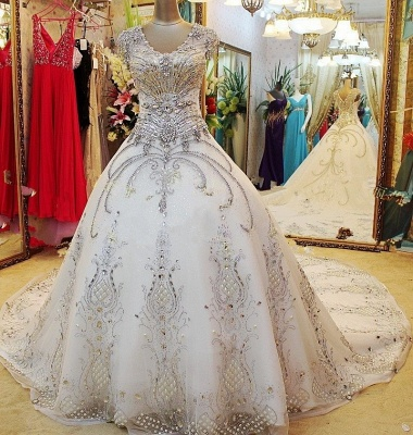 Luxurious Scoop Neckline Cap Sleeve Wedding Dress Ball Gown With Beadss Crystals_1