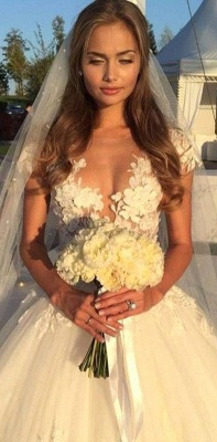 Elegant Cal Sleeve Wedding Dress 3D Floral Appliques Princess Bridal Gowns Tulle_2