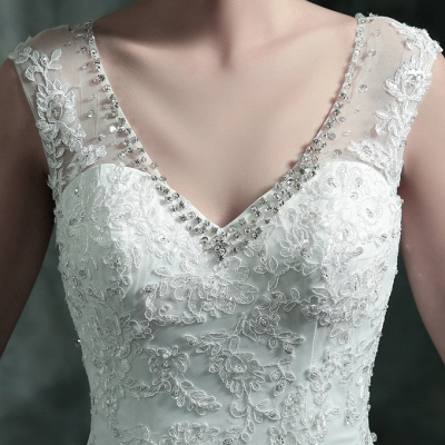 Gorgeous Sleeveless V-Neck Lace Appliques Wedding Dresses UK Long Train With Beadss_5