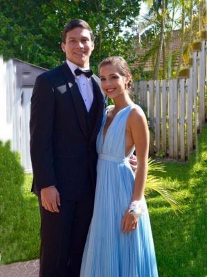 Newest Deep V-neck A-line Prom Dress UK Sleeveless Floor-length_2