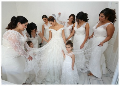 Gorgeous Off-the-Shoulder Ball Gown Wedding Dress Tulle Lace Appliques_5