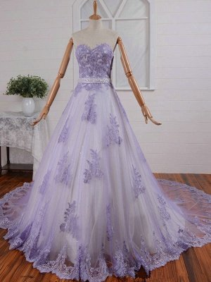 Modest Sweetheart Lace Appliques Wedding Dress Sweep Train_1