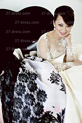 Elegant Lace Back Appliques A-Line Wedding Dresses UK Pearls Beaded Button Bridal Gown With Long Sleeves & Court Train_4