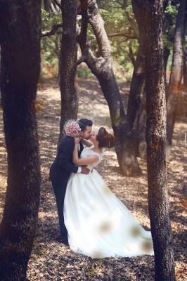 Elegant Ball Gown Illusion Wedding Dress Lace Appliques Sleeveless_9