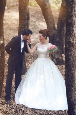 Elegant Ball Gown Illusion Wedding Dress Lace Appliques Sleeveless_5