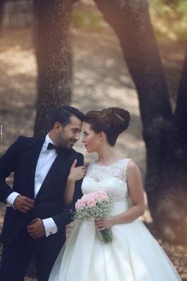Elegant Ball Gown Illusion Wedding Dress Lace Appliques Sleeveless_7