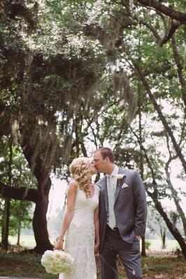 Elegant Lace Appliques Wedding Dress Button Zipper Back Straps BA4624_5