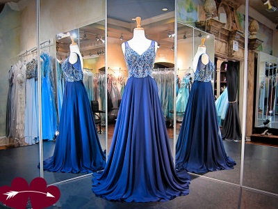 Luxury A-line Crystals Straps Evening Dress UK Sleeveless Sweep Train_3