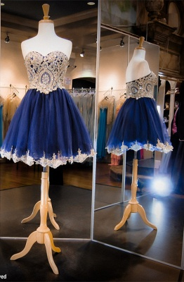 Luxurious Sleeveless Sweetheart Short Homecoming Dress UK Crystals Appliques_1
