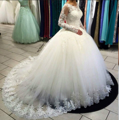 Gorgeous Long Sleeve Lace Ball Gown Tulle Wedding Dress BA5365_3