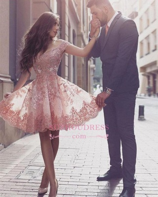 Tulle Short-Sleeves A-line Appliques Glamorous Mini Homecoming Dress_1