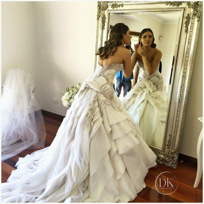 Delicate Sweetheart Sleeveless Wedding Dress With Beadss Ruffles_2