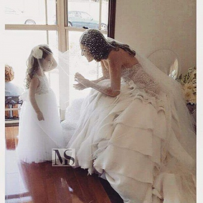 Delicate Sweetheart Sleeveless Wedding Dress With Beadss Ruffles_3